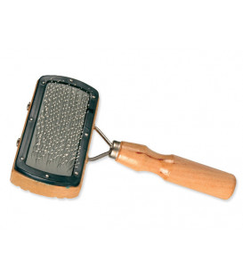 Kartáč TRIXIE s dřevěnou rukojetí